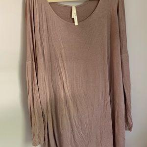 Tops - Long flowy shirt/ dress!